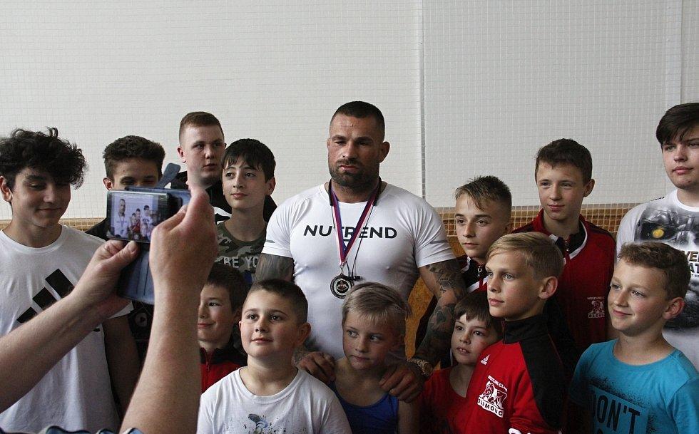 Karlos Terminátor Vémola na soutěži  malých zápasníků v Olomouci