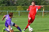 Šternberk (v červeném) proti Velkým Losinám
