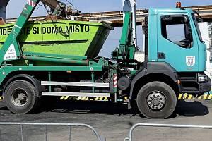 Technické služby Olomouc. Překladiště odpadu v Olomouci - Chválkovicích. Ilustrační foto