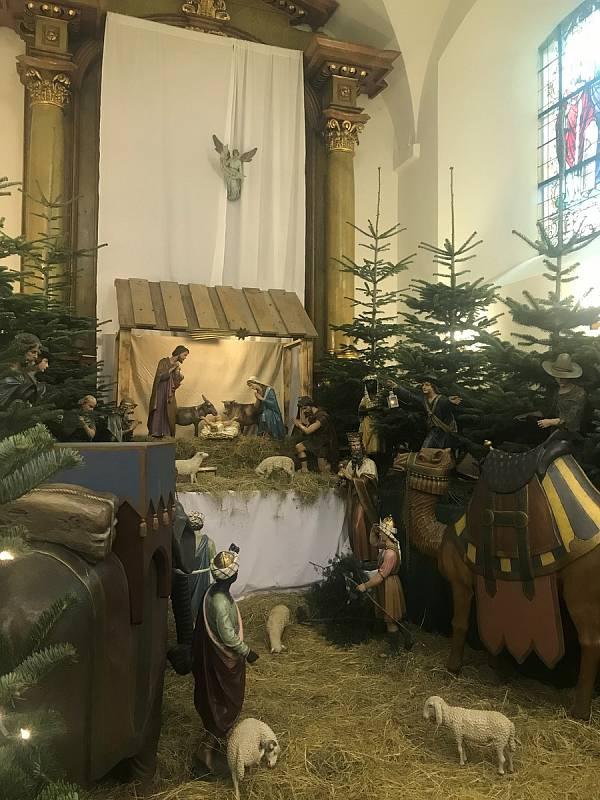 Na největší olomoucký betlém se mohou lidé přijít podívat do kostela Zvěstování Páně na Dolní náměstí.