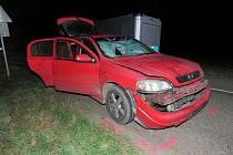 Chodce srazilo auto mezi Určicemi a Prostějovem