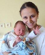 Leoš Gloser, Zábřeh, narozen 14. května v Olomouci, míra 50 cm, váha 3180 g.