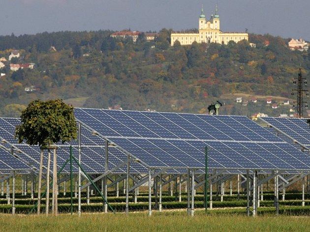 Solární elektrárna ve Chválkovicích