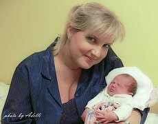 Leila Sofie Polišenská, Prostějov, narozena 26. září v Olomouci, míra 50 cm, váha 2930 g.