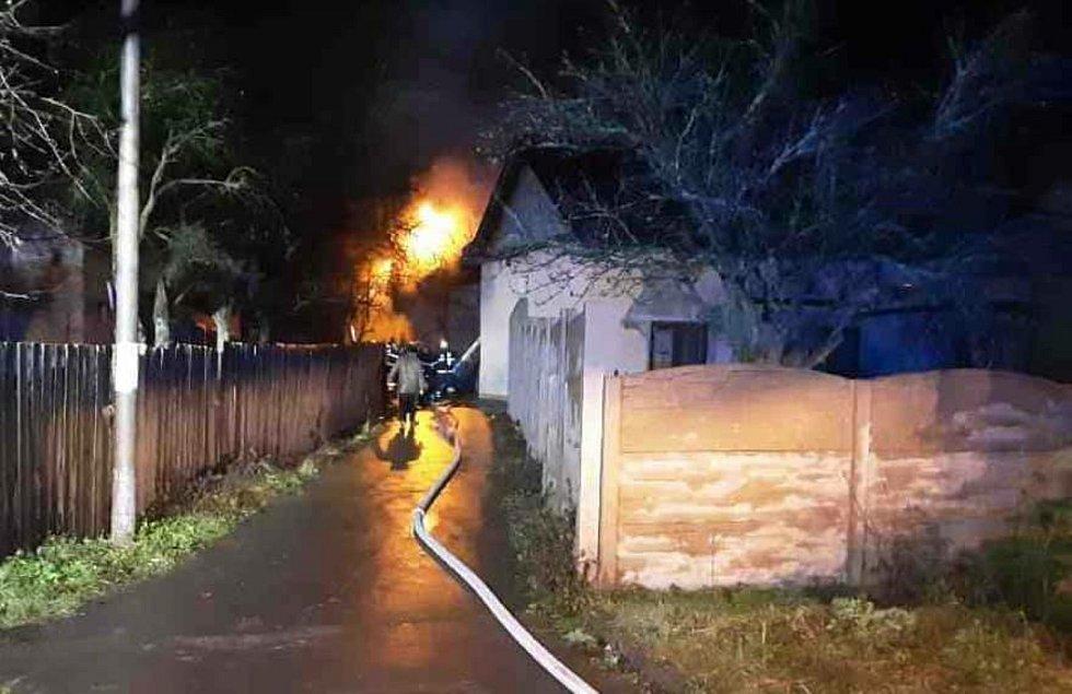 Požár rodinného domu ve Staměřicích, část Dolního Újezdu na Přerovsku.