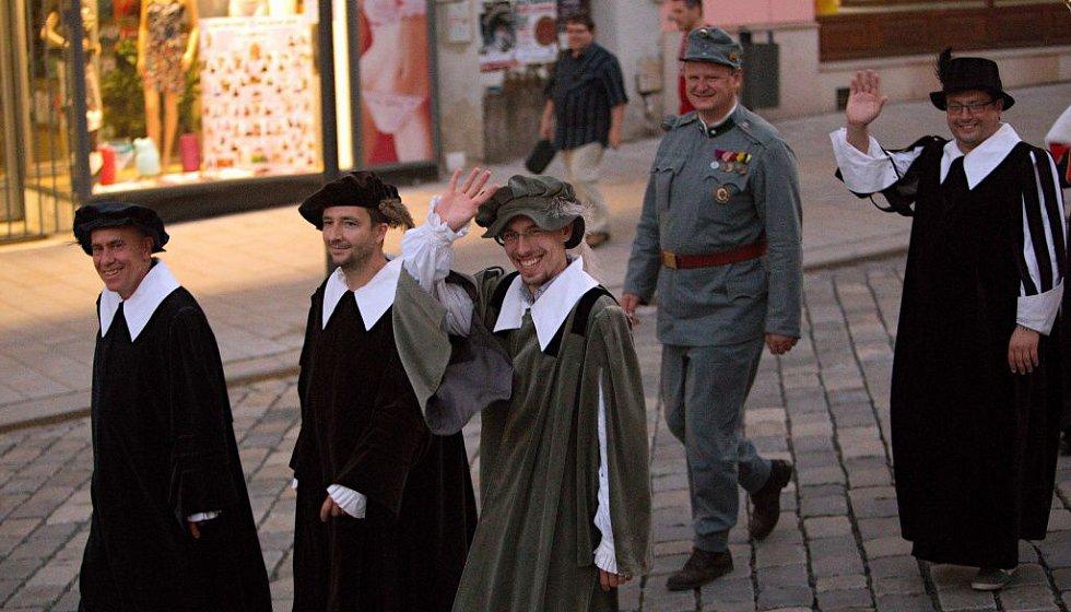 Olomoučtí radní. Průvod ke cti sv. Pavlíny v Olomouci