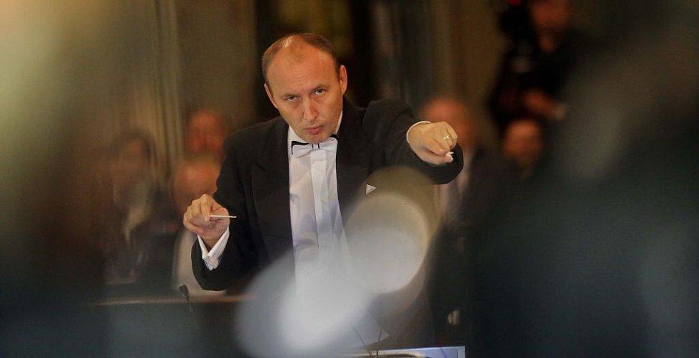 Dirigent Stanislav Vavřínek