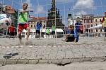 Plážové hřiště na Horním náměstí v Olomouci hostí celý týden ragbisty, fotbalisty, házenou a plážové volejbalistky.