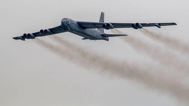 I americký bombardér B-52 se zúčastní cvičení Ample Strike 2019