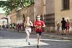 Tisíce amatérských i profesionálních běžců zaplnily v sobotu ulice Olomouce.