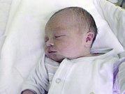 Jareček Kašpar, Prostějov, narozen 18. května v Olomouci, míra 50 cm, váha 3644 g
