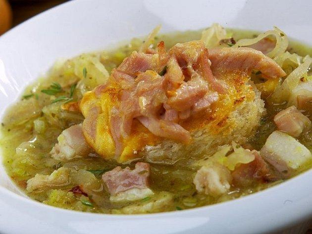 Zelná polévka z Obwaldu