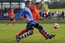 Fotbalisté Medlova (v oranžovém) proti Litovli