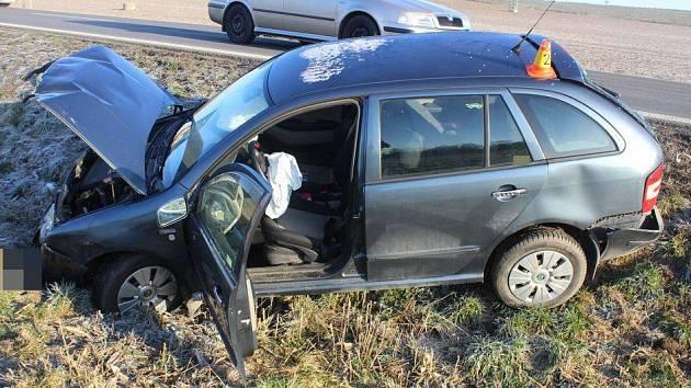 Srážka dvou osobních aut a dodávky na silnici Olomouc - Přerov, 11. 12. 2019