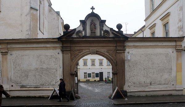 Bývalý klášter vKateřinské ulici vcentru Olomouce
