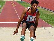 Samuel Lawson - pět přebornických titulů mistrovství ČR, překonání 5 klubových rekordů, český rekord v běhu na 200 m překážek.