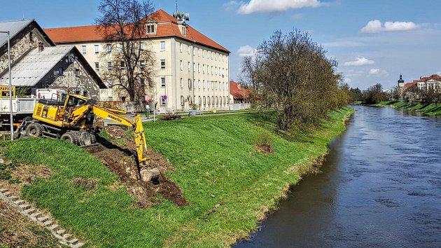 Práce kolem mostu u Bristolu v Olomouci