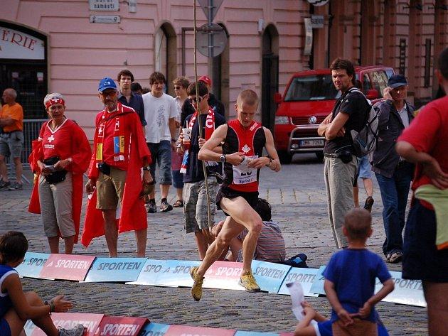 MS v orientačním běhu zahájily sprinty.