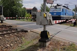 Přejezd na rychlíkové trati v Holické ulici v Olomouci