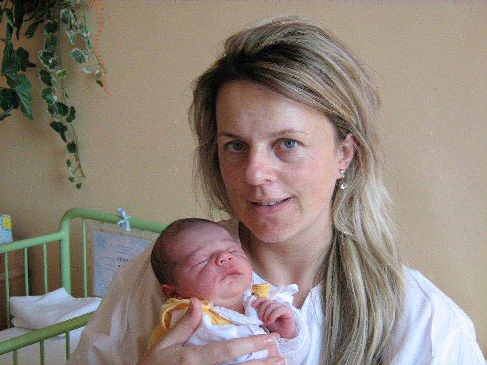 Alex Vytopil, narozen 7.11.2007 v Olomouci, váha: 3490 g, míra: 50 cm, Mohelnice