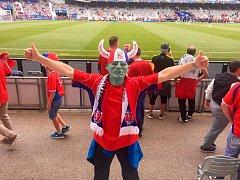 Ve francouzském městě Toulouse už se fanoušci České republiky i Španělska připravují na dnešní vzájemný duel. Taková atmosféra panovala těsně před zápasem.
