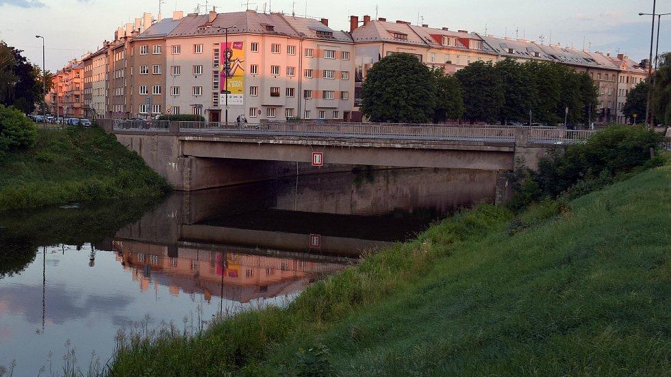 Starý most v Komenského ulici v roce 2017