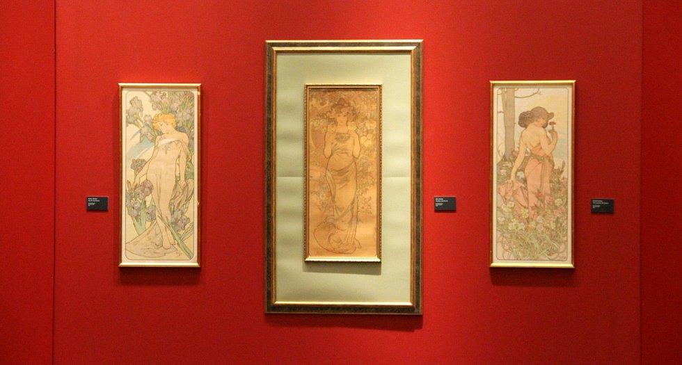 Výstava děl Alfonse Muchy ve Vlastivědném muzeu Olomouc