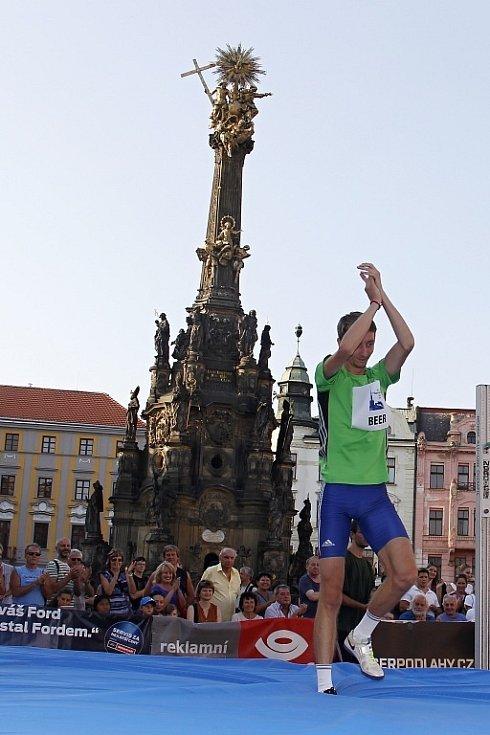 Hanácká laťka 2016 na Horním náměstí v Olomouci. Na snímku Lukáš Beer.