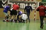 Házenkáři STM Olomouc vyhráli úvodní duel baráže s Velkou Bystřící 24:23.