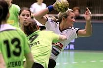 Lucie Fabíková se probíjí obranou