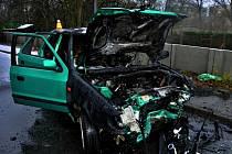 Srážka dvou aut v Jablonského ulici v Olomouci