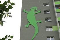 Originální fasády na panelových domech v Olomouci