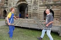 Opravy Terezské brány