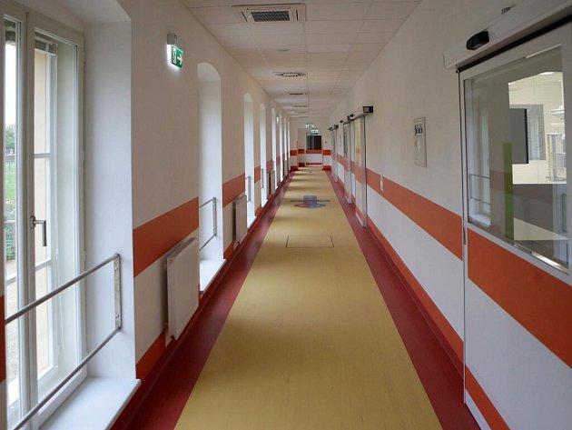 Nová jednotka intenzivní péče pro děti ve Vojenské nemocnici Olomouc
