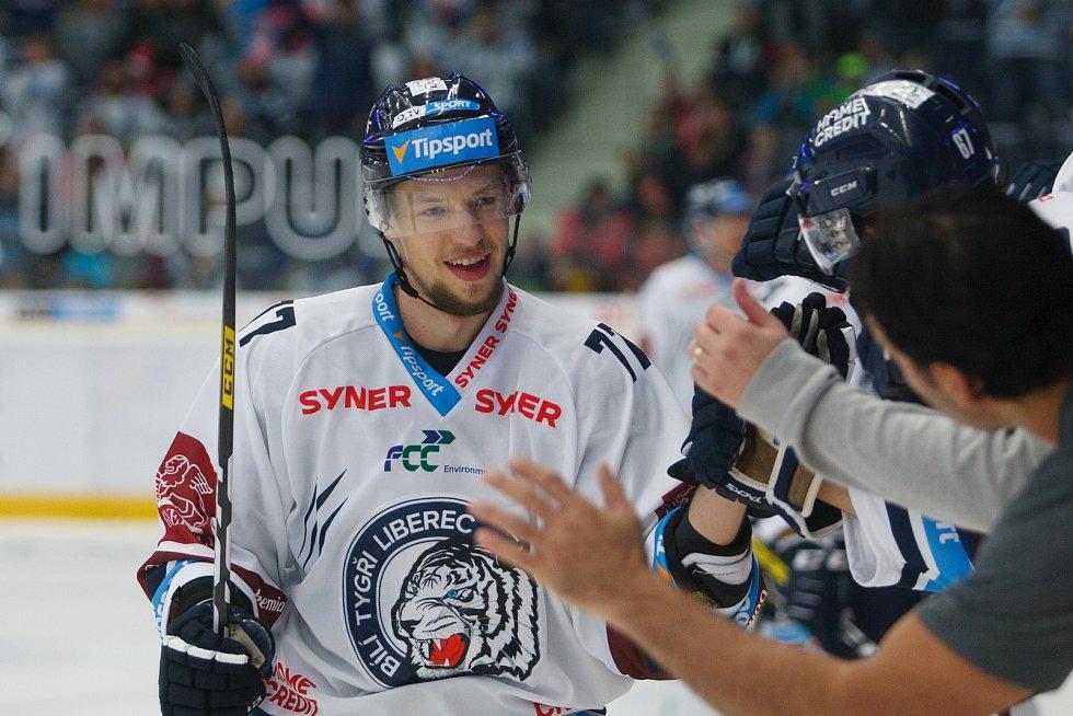 Utkání 8. kola hokejové extraligy mezi HC Bílí Tygři Liberec a HC Olomouc. na snímku střelec 2. branky Tomáš Havlín