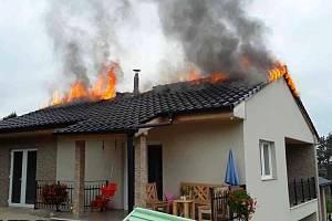 Požár rodinného domku v Plumlově - 27. 9. 2019