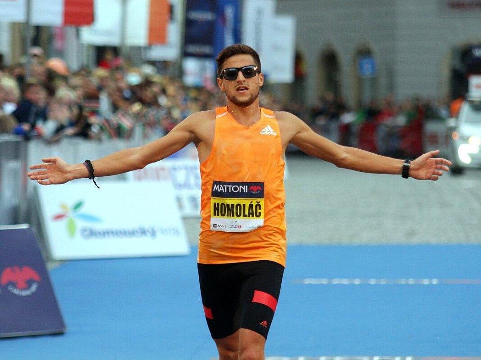 Nejlepší Čech Jiří Homoláč. Olomoucký půlmaraton 2014