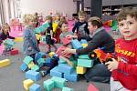 O dvě nová oddělení se rozrostla mateřská školka na Zámeckém náměstí ve Velké Bystřici.