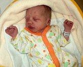 Leontýna Burešová, Uničov, narozena 14. února ve Šternberku, míra 46 cm, váha 2400 g