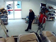 Podezřelý muž v litovelské prodejně