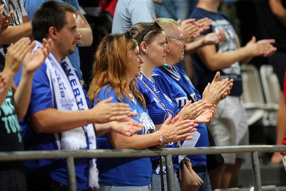 Sigma Olomouc vs. Sevilla FC. Ochozy tleskaly ve stoje