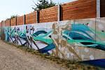 Protipovodňová stěna naproti sídlu Povodí Moravy v Olomouci ožila barvami. Při devátém ročníku StreetArt, největšího festivalu graffiti & street-art v České republice, ji o víkendu ozdobili čeští výtvarníci.