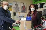 Město Uničov obdrželo respirátory a další ochranné pomůcky od dárců.