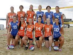 Olomoucké volejbalistky představily svůj tým na akci na pískovně Náklo