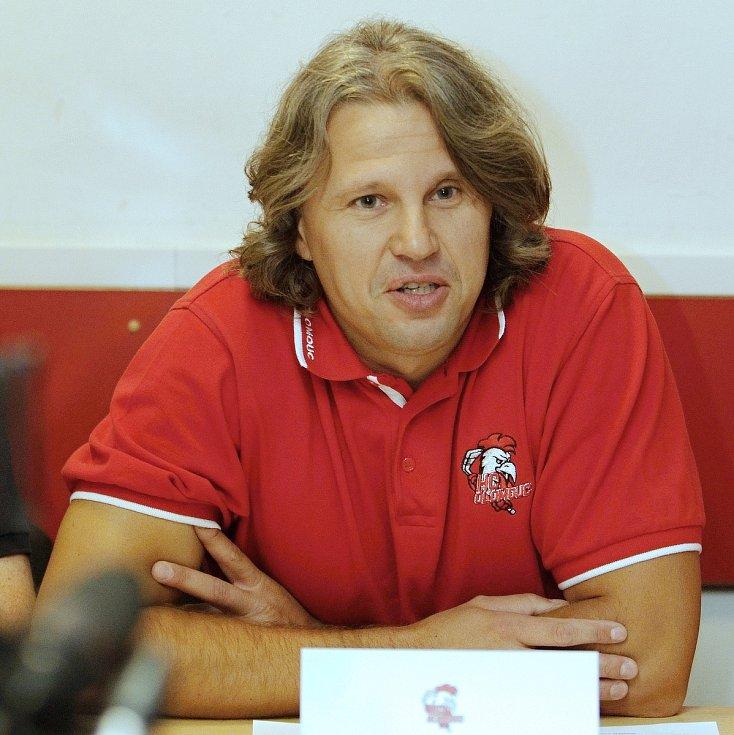 Jan Tomajko, asistent trenéra, jednatel HC Olomouc