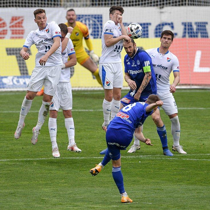 Utkání 29. kola první fotbalové ligy: Sigma Olomouc - Baník Ostrava, 24. dubna 2021 v Olomouci.