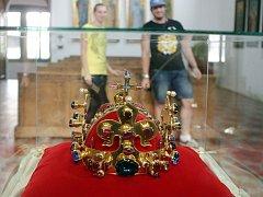 Kopie Svatováclavské koruny zapůjčená z Karlštejna na hrad Šternberk