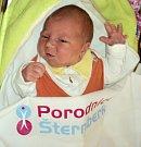 Tea Švubová, Šternberk, narozena 2. dubna ve Šternberku, míra 50 cm, váha 3980 g