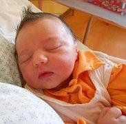 Nelly Turčínková, Moravský Beroun, narozena 19. června ve Šternberku, míra 48 cm, váha 3100 g.