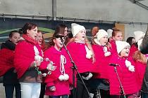 Zpívání na náměstí